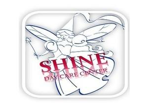 Shine Day Care Llc - Educación para adultos