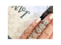 Lang Antique & Estate Jewelry (2) - Jewellery