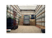 Clutch Moving Company (1) - Removals & Transport