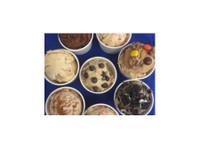 Dough Dreamery (3) - Food & Drink