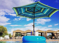 Serene Environments Llc (3) - Swimming Pools & Baths