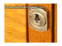 Locksmith Miami Lakes (3) - Security services