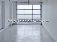 Brickell Pro Garage Door (7) - Construction Services