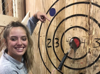 Axe Master Throwing (4) - Games & Sports