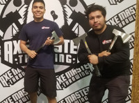 Axe Master Throwing (6) - Games & Sports