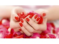 De Anza Salon and Spa (2) - Beauty Treatments
