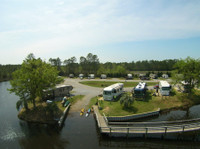 Avalon Landing RV Park / Pensacola East (4) - Camping & Caravan Sites