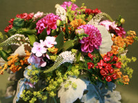 Jephry Floral Studio (1) - Gifts & Flowers
