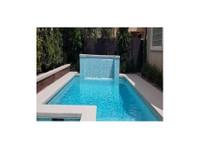 Xterior Creations Pools & Spas (4) - Swimming Pools & Baths