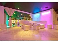 Coliseum (1) - Bars & Lounges