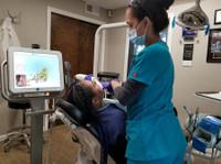 Park Avenue Smiles (7) - Dentists