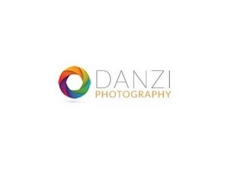 Danzi Photography - Photographers