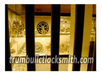 Trumbull CT Locksmith (2) - Security services