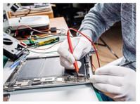 Fast Bros Phone Repair (1) - Computer shops, sales & repairs