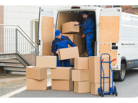 Chesterfield Moving & Storage - Removals & Transport