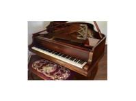 McBrayer's Award Piano (3) - Electrical Goods & Appliances