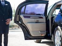 GM Limousine Services (1) - Taxi Companies