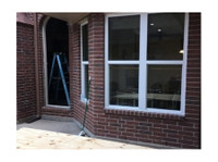 AJ's Glass and Mirrors (1) - Windows, Doors & Conservatories