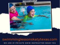 Swimming Lessons Katy Texas (1) - Coaching & Training