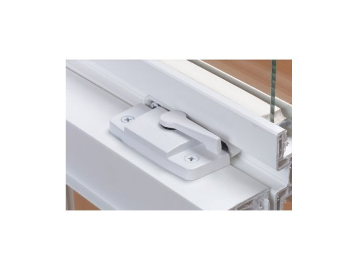 WindowStrong - Windows, Doors & Conservatories