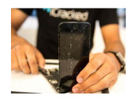 iCracked iPhone Repair Arlington (1) - Computer shops, sales & repairs