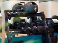 Higher Health Spine & Sport (2) - Wellness & Beauty