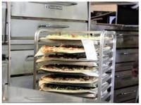 Zeeks Pizza (2) - Food & Drink