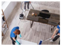 System4 Milwaukee (2) - Limpeza e serviços de limpeza