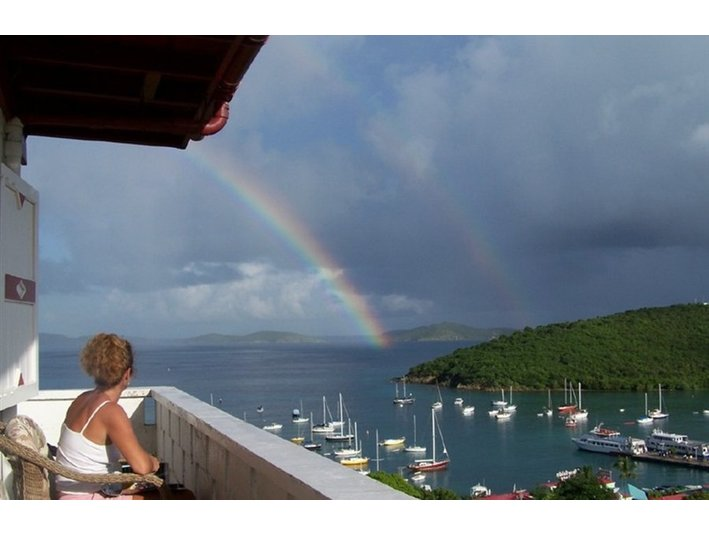 Hillcrest Guest House, St. John, US Virgin Islands - Hotels & Hostels