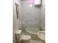 3 bedroom apartment - bugibba - €700 - Pisos