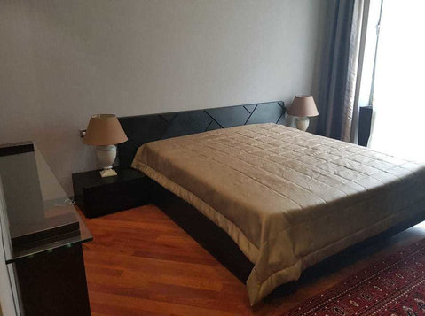For rent 2 rooms comfortable apartment . Port Baku - Apartments