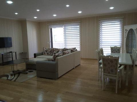 Эксклюзивные варианты аренды в Порт Баку, сдаётся 3х к. кв. - Квартиры
