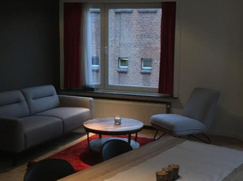 new! Furnished flat in Gent Center for rent - Apartamente
