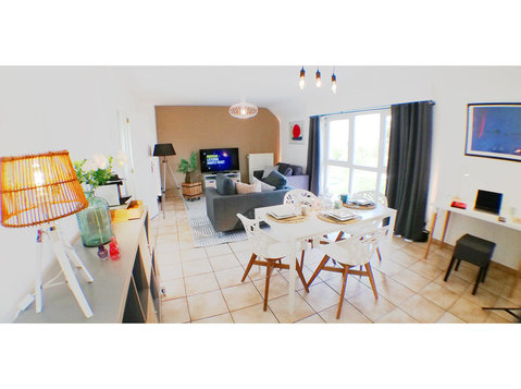"3 bedrooms apartment La Louvière - Mons ""the flat that fits"" - Serviced apartments"