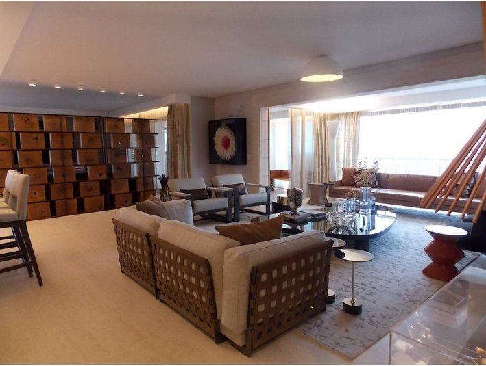 Completely furnished luxury 4 suites condo apartment - Apartments