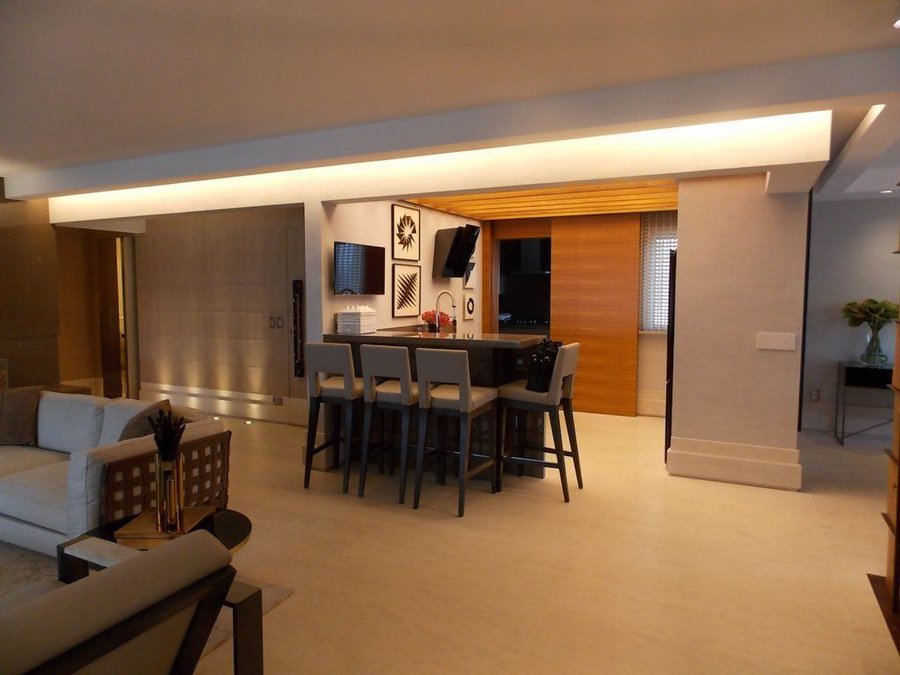 Completely Furnished Luxury 4 Suites Condo Apartment For