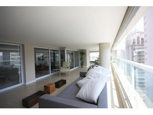 Furnished new 3 suites condo apartment with leisure area - Apartments