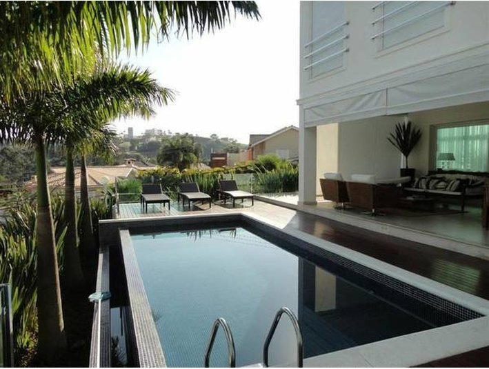 Modern huge 4 suites condo house with full recreation area - Casas
