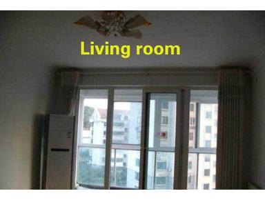 Qingdao:here is an apartment with a bathtub near RT-Mart ! - شقق