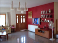 Code No: 2695 For sale 3bed house in Ag. Spyridonas Limassol - Σπίτια