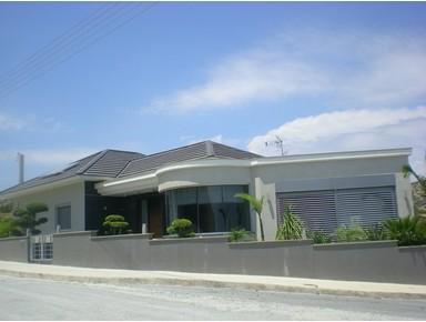Villa Ayios Tychonas. Limassol-cyprus - Houses