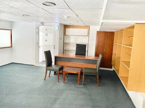 Serviced Office towncenter furnished Wifi utilities included - Escritórios / Comerciais