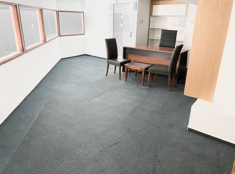 Serviced Office towncenter furnished Wifi utilities included - Офис / Търговски обекти
