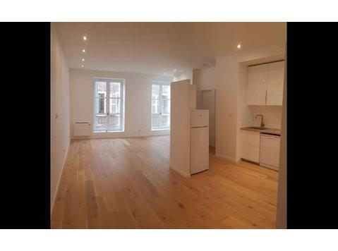 Place aux Herbes, Mâcon : 1443279 - Apartments