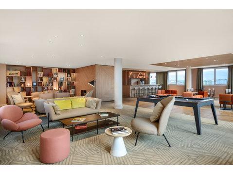 Rue de la Belle Étoile, Roissy-en-France : 1718661 - Apartments