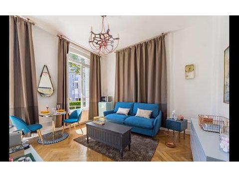 Rue du Général de Gaulle, Sainte-Adresse : 1676545 - Apartments