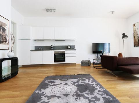 800 | Modern and spacious Apartment with 2 terraces – Mitte - Apartments