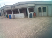 6 Bedroom 4 Sale @ Accra Ablekuma Fan Milk