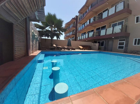 Furnished commercial property for sale at La Beach Accra - Toimisto / Liiketila