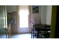 Affordable and sunny Rooms from €90 / month!!! - Apartments